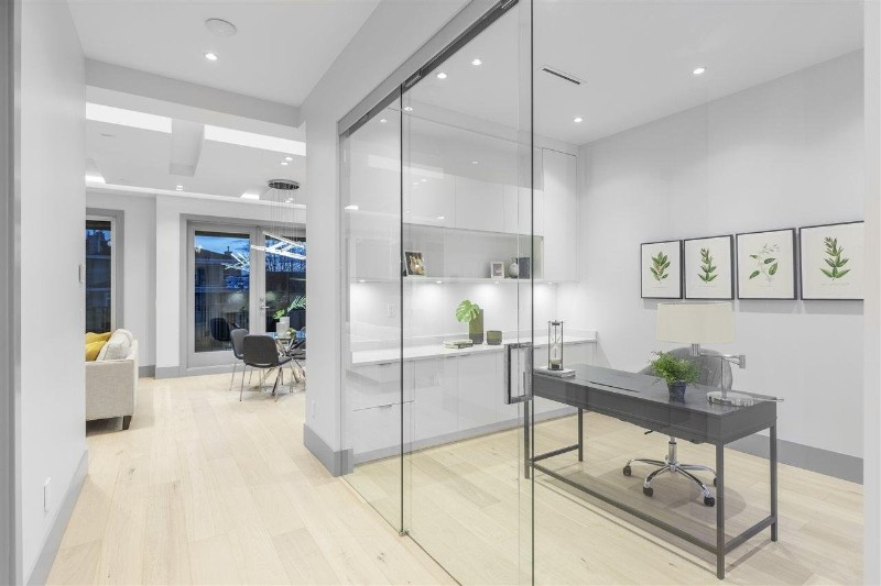 staging companies in Greater Vancouver